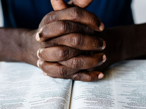 curso-descobrindo-a-biblia-capelania-uninta