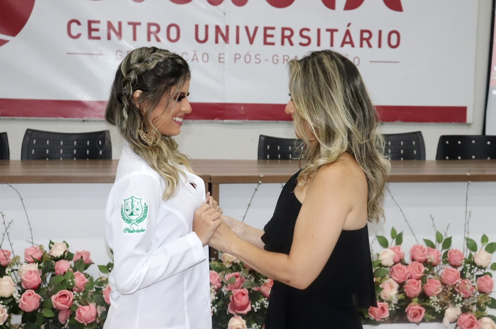 Nutrição do UNINTA realiza mais uma Cerimônia do Jaleco