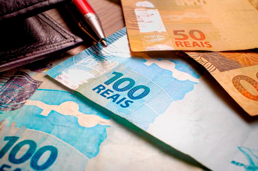 UNINTA e demais instituições da mantenedora AIAMIS antecipam mais uma vez a folha de pagamento e colaboradores recebem salários antes do ano novo