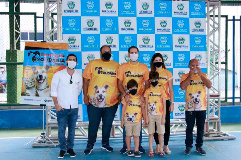 Projeto de castração gratuita do HOVET  UNINTA chega a Forquilha; Equipe de 18 profissionais atendeu cães e gatos do município