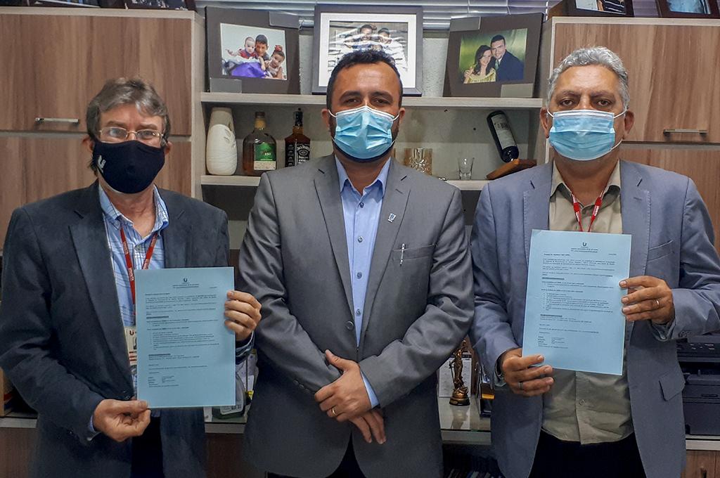 Docentes do UNINTA participam de qualificação no Pós-doutorado da Universidade de Salamanca, na Espanha